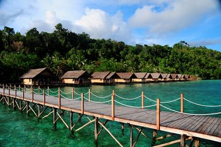 Molukken tauchsport lorenc - Raja ampat explorers dive resort ...